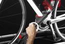 Porte-Velo sur Toit ELITE Ronda Sport 1 vélo Noir Rouge
